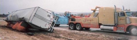 Jerrys wrecker at work image.
